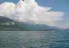 Le lac d'Annecy et les Alpes