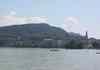 Depuis le lac, vue sur la basilique de la visitationDepuis le lac, vue sur la basilique de la visitation