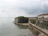 Rempart au bord de mer de la citadelle