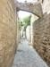 Une ruelle pavée de Rhodes