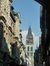 Depuis la rue du Gros-horloge, vue sur la Cathédrale